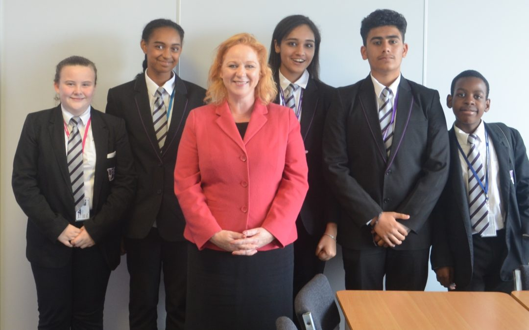 Tong takes Judith Cummins MP back to school